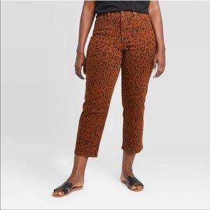 NWT Vintage Straight Cheetah printed Jeans sz 8